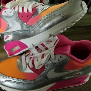 NEW WOMENS 8 1/2/YOUTH SZ 7 NIKE AIR MAX 90